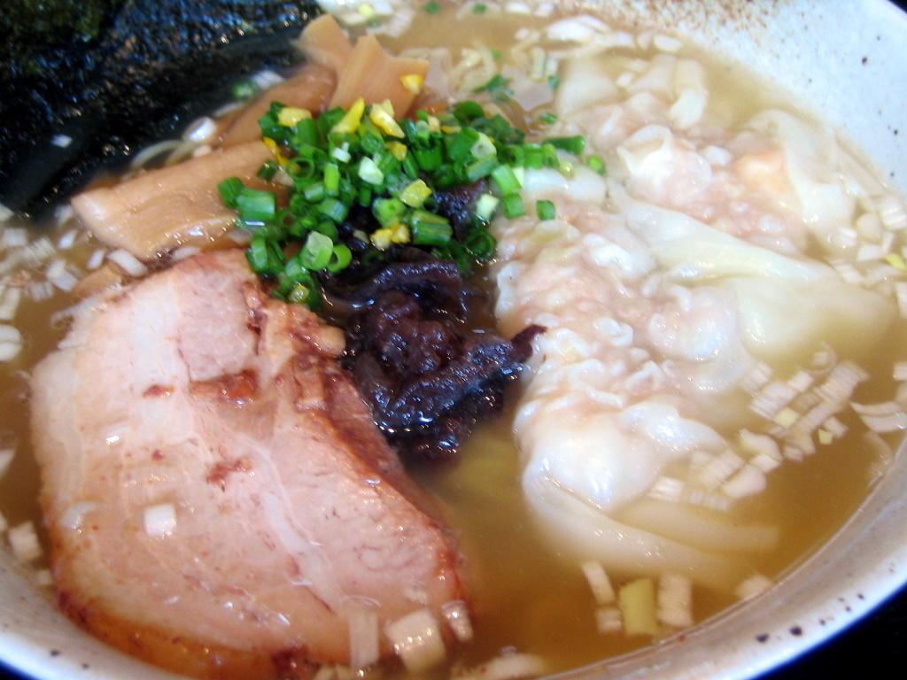 塩ワンタン麺
