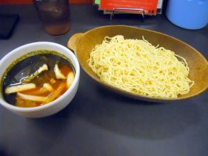 トマトバジルつけ麺