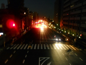 歩道橋jの上・・・。