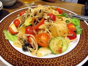 トマトとしめじの冷製パスタ