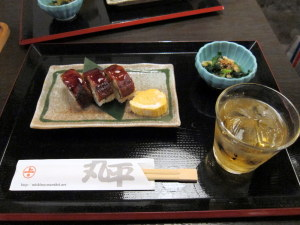 鰻寿司と梅酒
