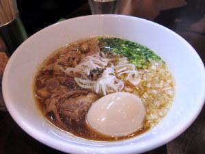 牛醤油らぁ麺
