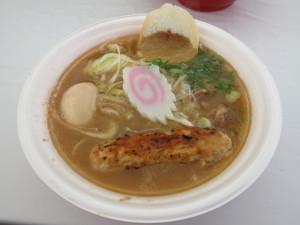 秋田比内地鶏 魚介鶏白湯どんぶりin秋田2012ファイナル